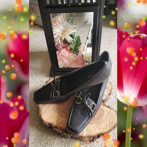 Black Liz Baker Heels